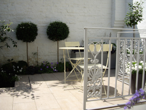 The challenges of shaded garden design in Lonodn